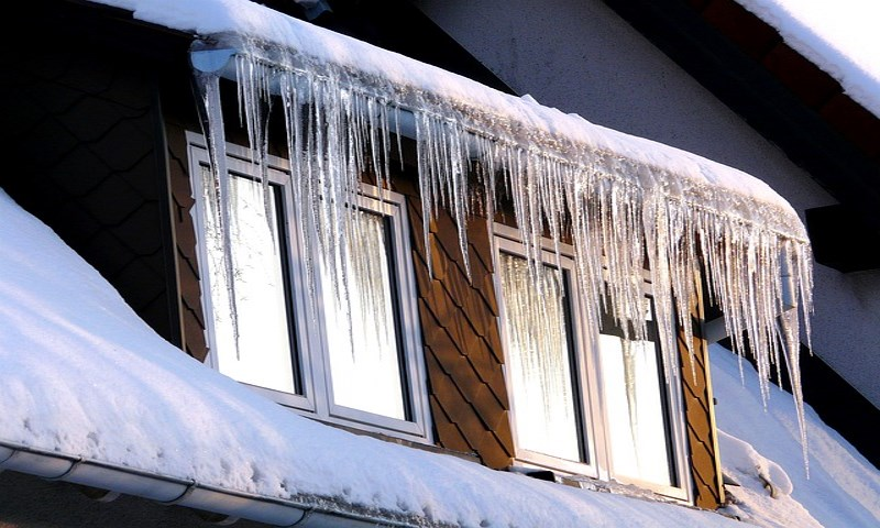 How to prepare your roof for the cold weather season?